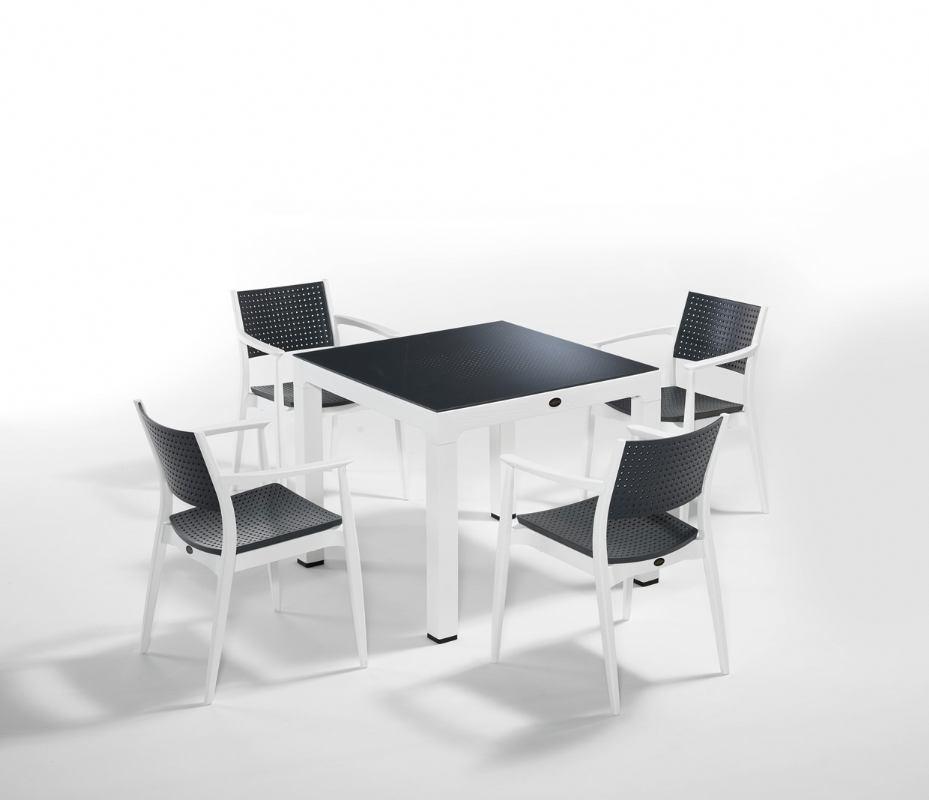 SEGINUS stol i stolice